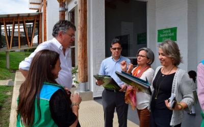 El Caracolí recibió visita del Ministro de Hacienda